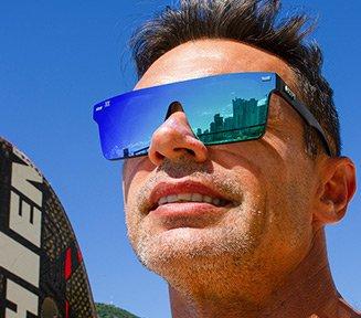 https://www.hupishop.com.br/oculos-de-sol-navajio-preto-lente-verde-espelhado/p/2523