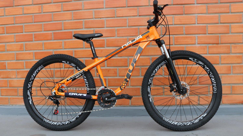 """Bicicleta HUPI Naja 27.5"""" Hidráulica V7 Alaranjada"""