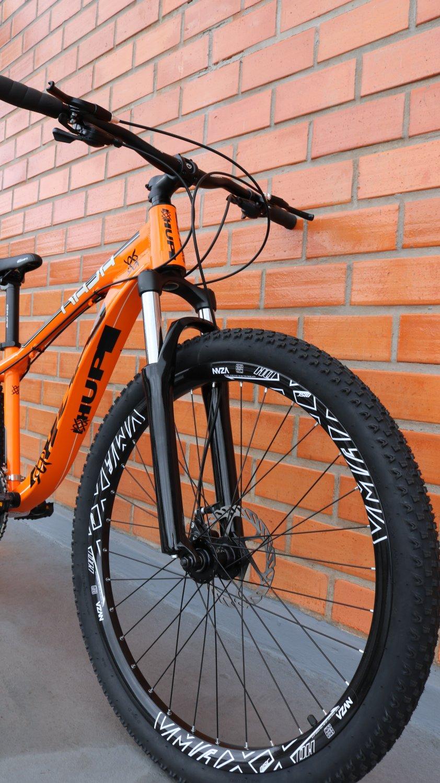"""Bicicleta HUPI Naja 27.5"""" Mecânica 2019 Alaranjada"""