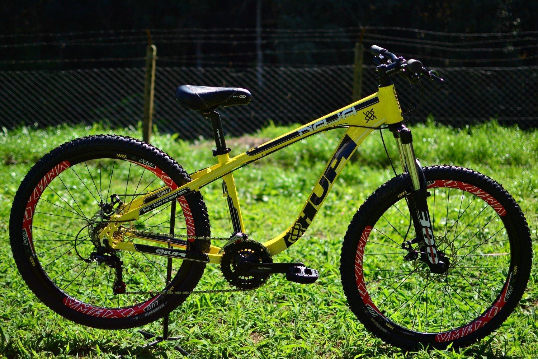 "Bicicleta HUPI Naja 27.5"" Mecânica V7 Amarela"