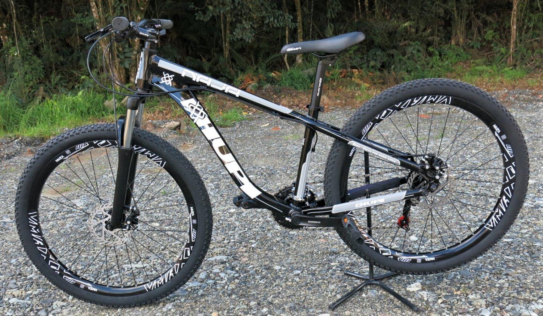 """Bicicleta HUPI Naja 27.5"""" Mecânica 2019 Preta"""