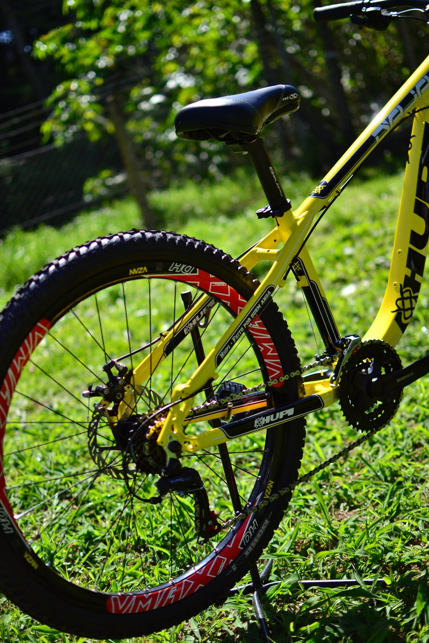 Bicicleta HUPI Naja Mecânica V7 Amarela