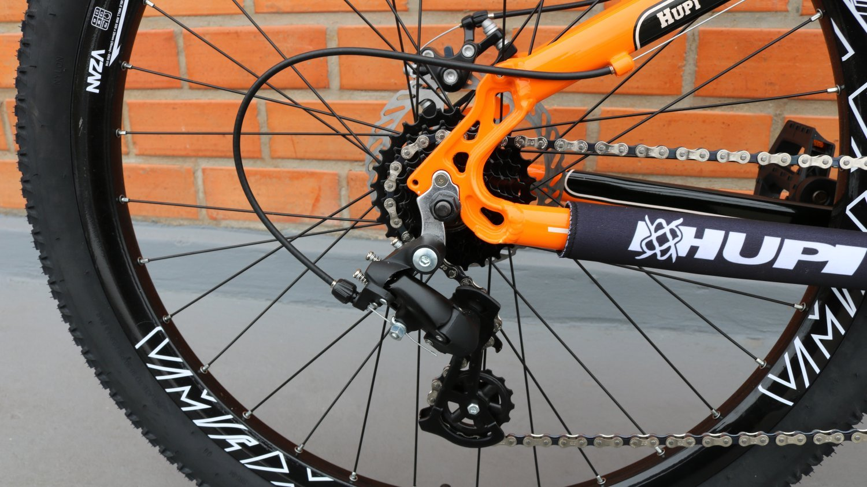 """Bicicleta HUPI Naja One 27.5"""" V7 Alaranjada"""