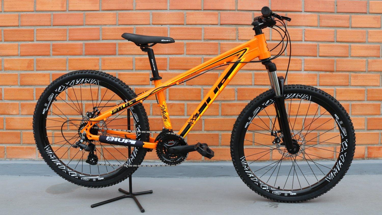 """Bicicleta HUPI Whistler One 27.5"""" V5 Alaranjada"""