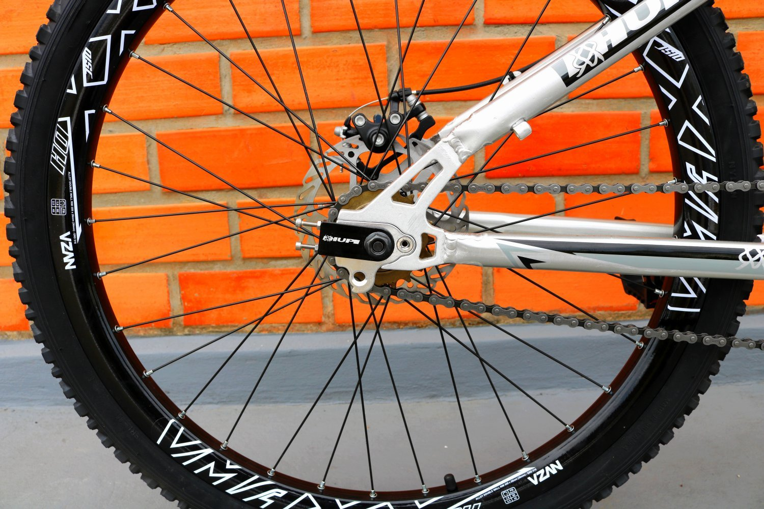 Bicicleta HUPI Whistler Single Speed Mecânica RAW