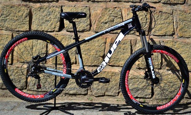 Bicicleta HUPI Naja Hidráulica 2019 Preta