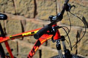 Bicicleta HUPI Naja Hidráulica 2019 Vermelha